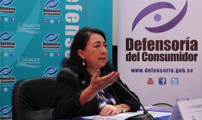 La Defensoría activa plan para proteger a consumidores  durante comercio del viernes negro y fin de semana