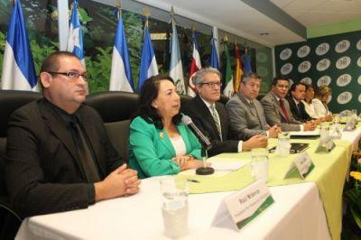 Autoridades de protección al consumidor de Centroamérica, México, Paraguay y España vigilarán venta de medicamentos en Internet