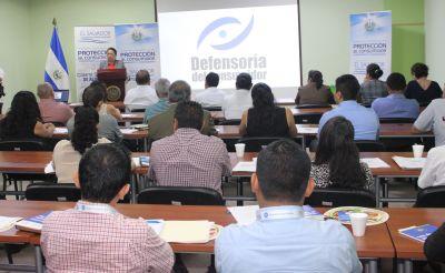 Defensoría del Consumidor promueve cumplimiento del marco normativo con proveedores de frutas y hortalizas