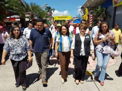 Defensoría del Consumidor activa en feria Consuma y campo de feria del predio del Estadio Cuscatlán