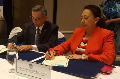 Defensoría del Consumidor y Tribunal de Ética Gubernamental firman convenio de cooperación