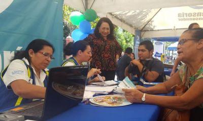 Entidades de gobierno que integran el Sistema Nacional de Protección al Consumidor acercan sus servicios en centro de San Salvador