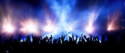 Defensoría del Consumidor inició procedimiento legal  para garantizar reintegro de dinero a consumidores  que adquirieron boletos para Golden Fest